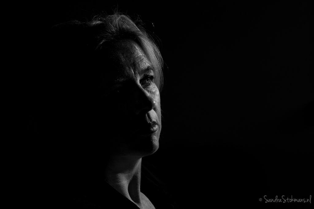 Portretfoto gemaakt met losstaande reportageflitser door Sandra Stokmans