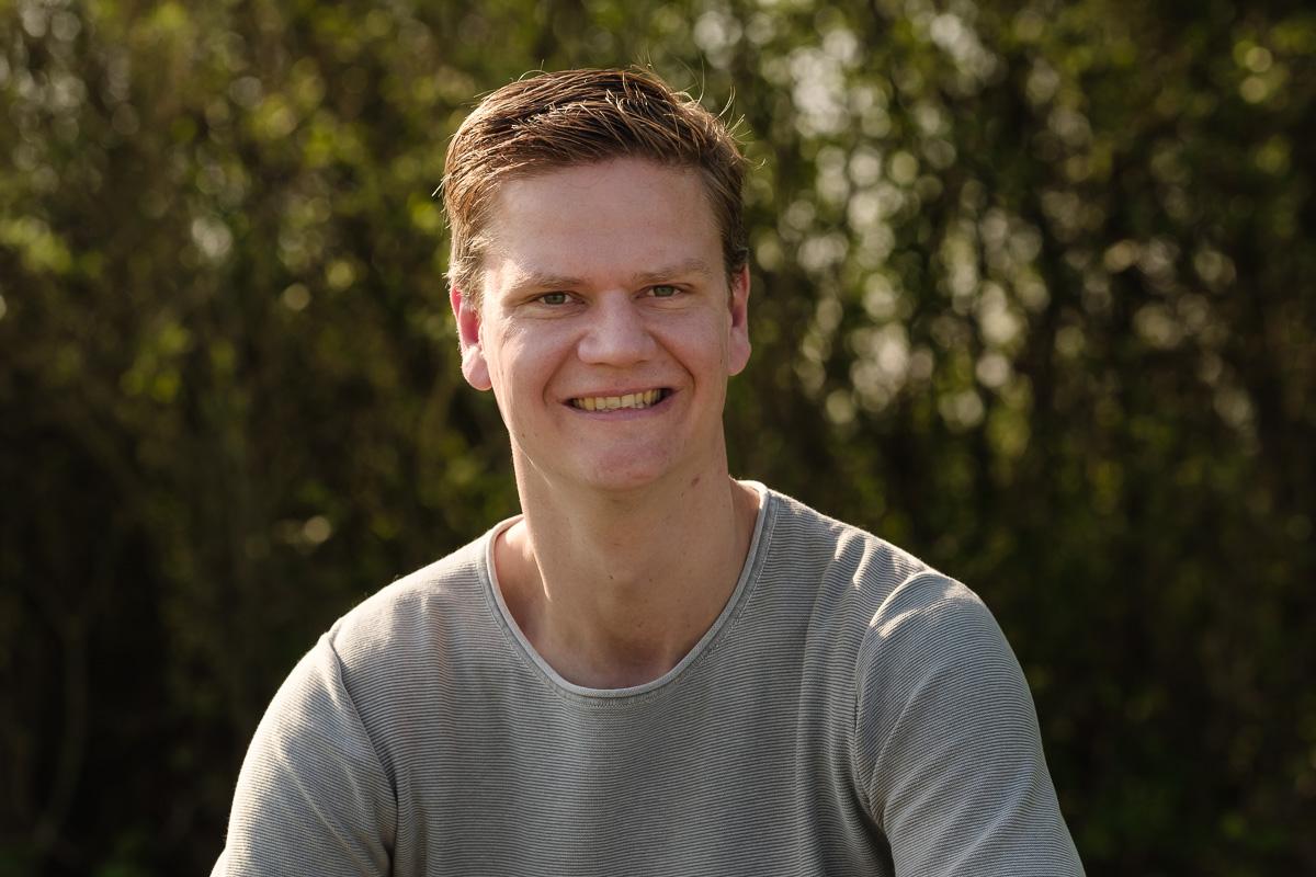 Professionele portretfoto voor LinkedIn, zakelijke fotografie, bedrijfsfotografie, zakelijke profielfoto voor Social Media, LinkedIn profile picture, gemaakt door Sandra Stokmans Fotografie