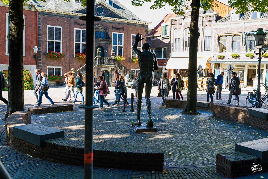 Bij het Geuzenmonument in Vlaardingen, Beeldreportage van een bijeenkomst van College van de Rechten van de Mens, beeldverslag zakelijke fotografie, image by Sandra Stokmans Fotografie