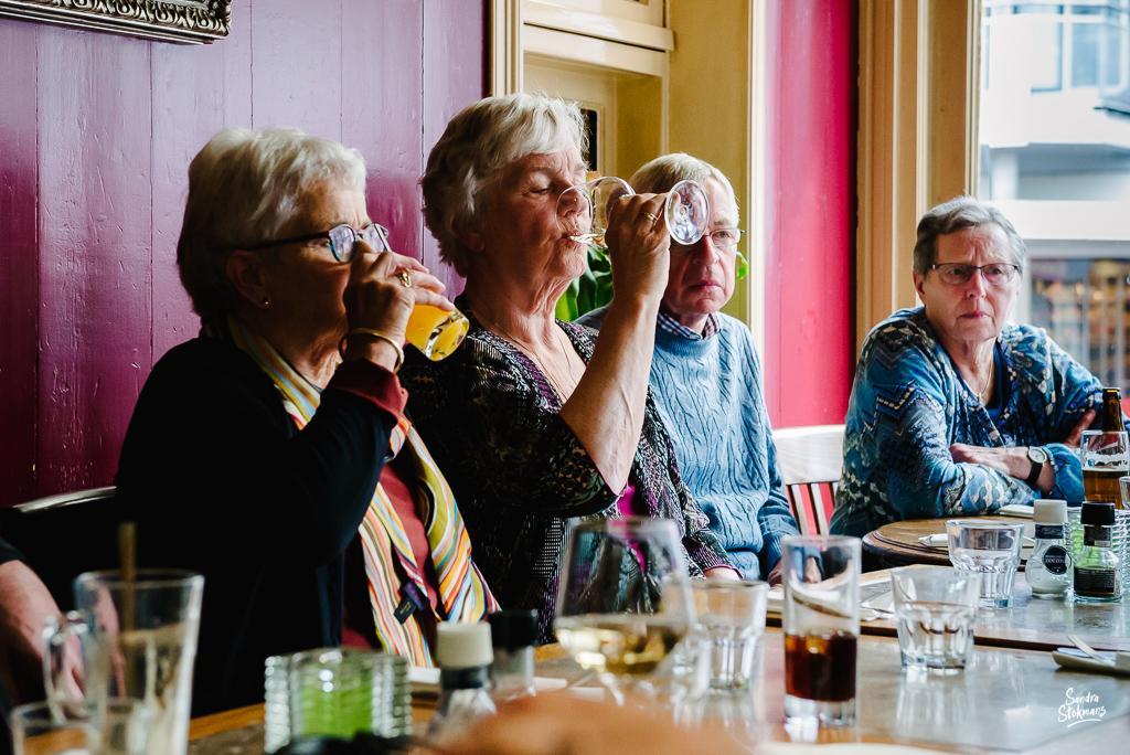Lunchen in Bilthoven, bijzondere gebeurtenis fotograferen, documentaire fotografie, documentaire reportage, door Sandra Stokmans Fotografie