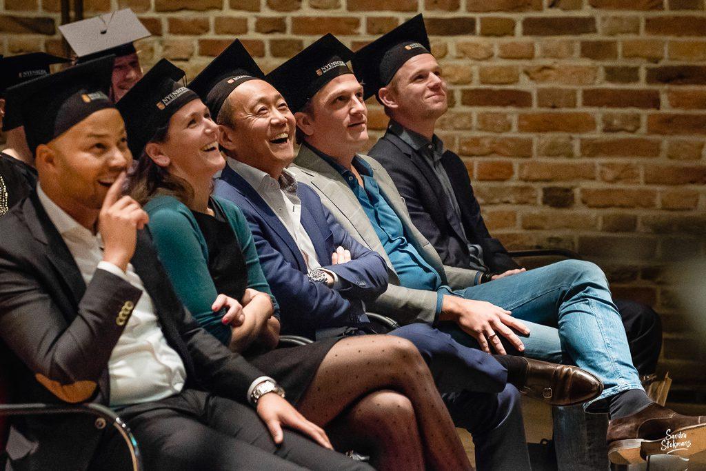 Deelnemers, Diploma uitreiking fotograferen bij FMA opleiding van de Nyenrode Business University, evenement fotografie, event photography, foto door Sandra Stokmans Fotografie