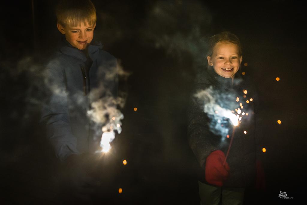 Einde 365 dagen project, Oud en Nieuw sterretjes aansteken, foto door Sandra Stokmans Fotografie