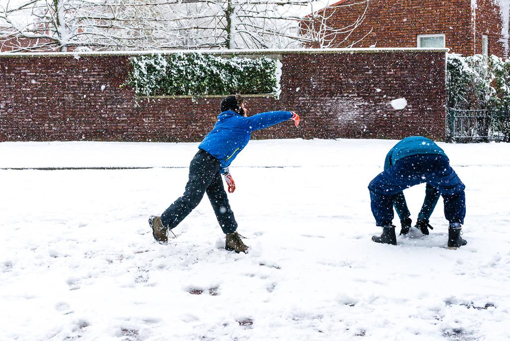 Einde 365 dagen project, sneeuwballen gevecht, foto door Sandra Stokmans Fotografie