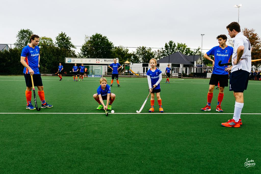 MHV Maarssen, bal uitnemen, reportage mini van de week Heren 1 door Sandra Stokmans Fotografie