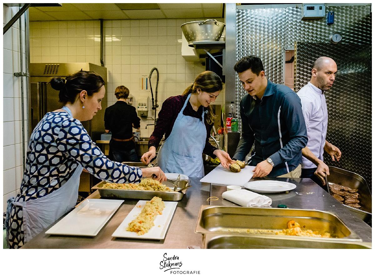 Fotoreportage maken, koken tijdens kick-off HEI Challenge, foto door Sandra Stokmans Fotografie