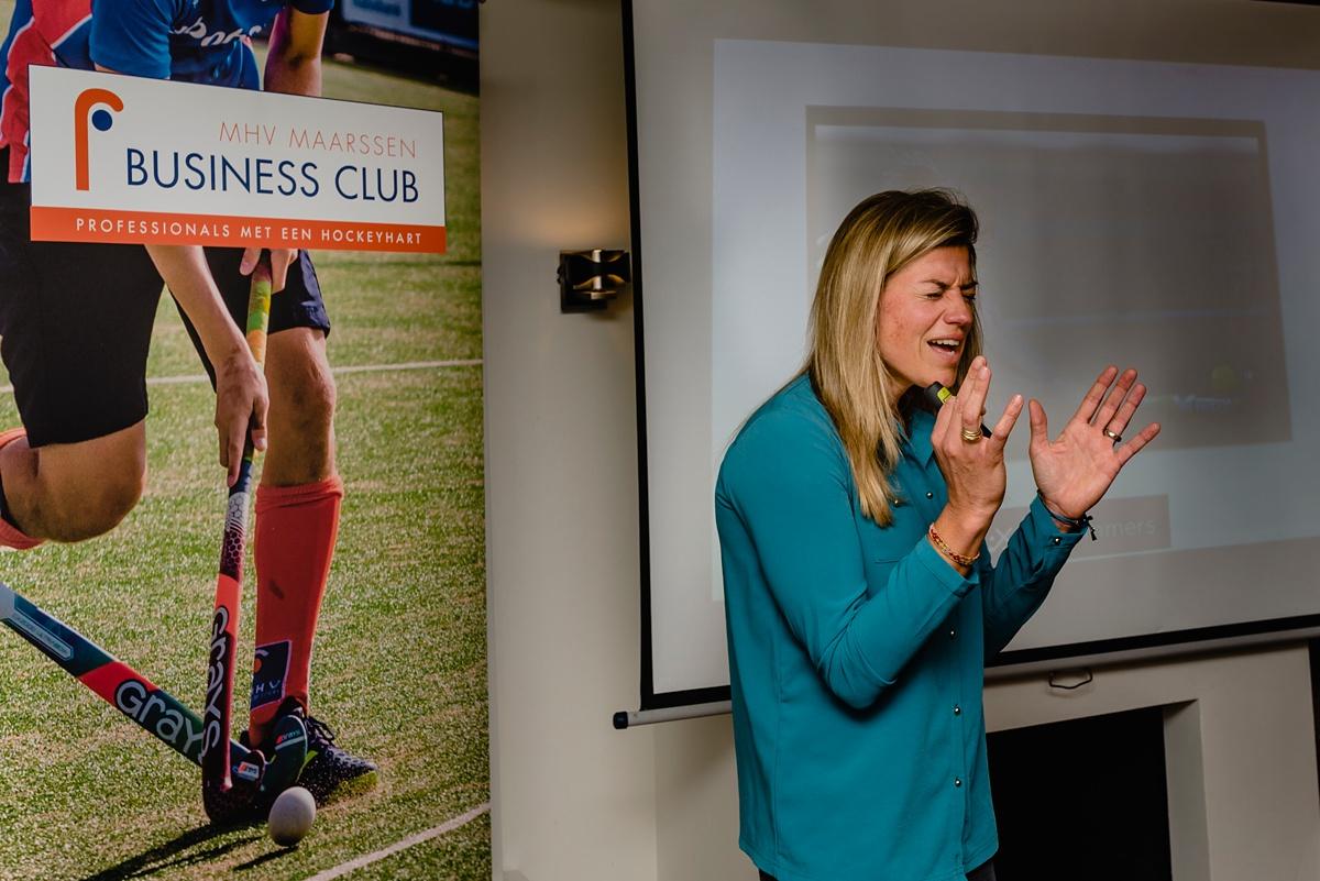 Kim Lammers als gastspreker op evenement van MHV Business Club, foto door Sandra Stokmans Fotografie