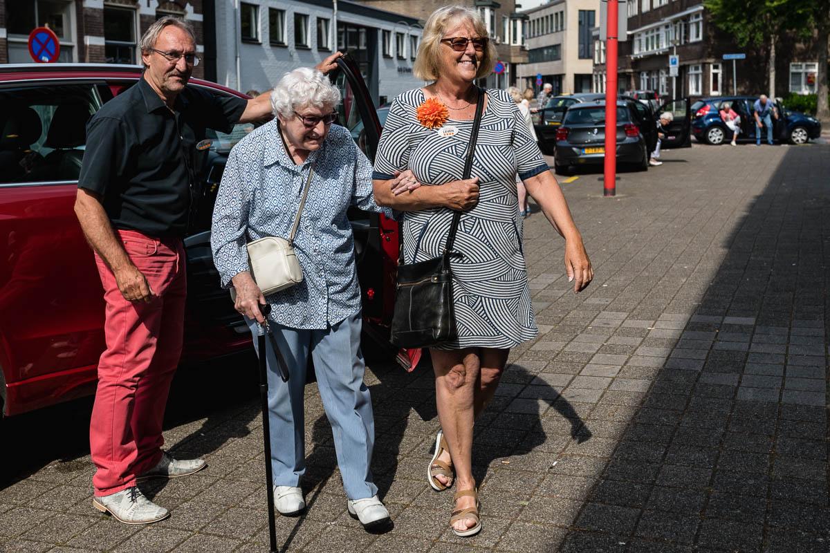 Aankomst De Goudse Schouwburg-Evenement-fotografie-Stichting Vier het Leven-Sandra Stokmans Fotografie_SSF8404