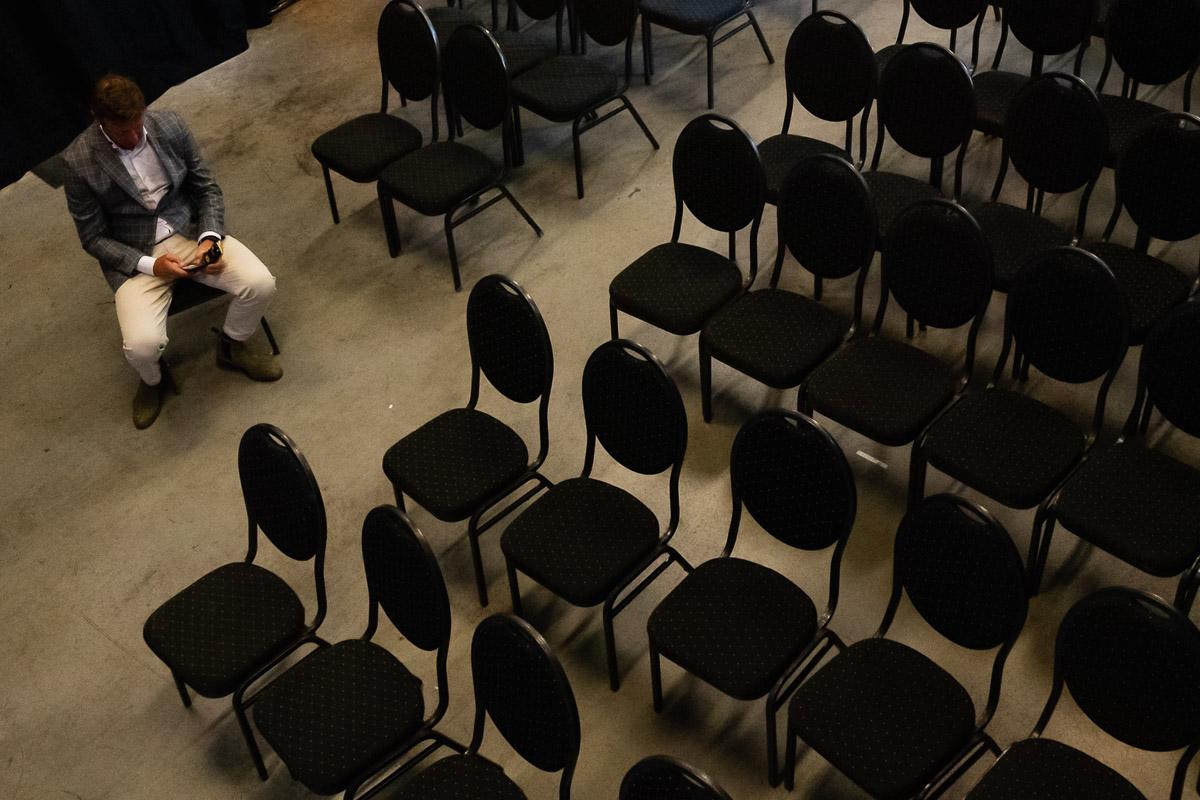 Marc Lammers neemt een momentje voor zijn presentatie, evenement fotograaf Sandra Stokmans