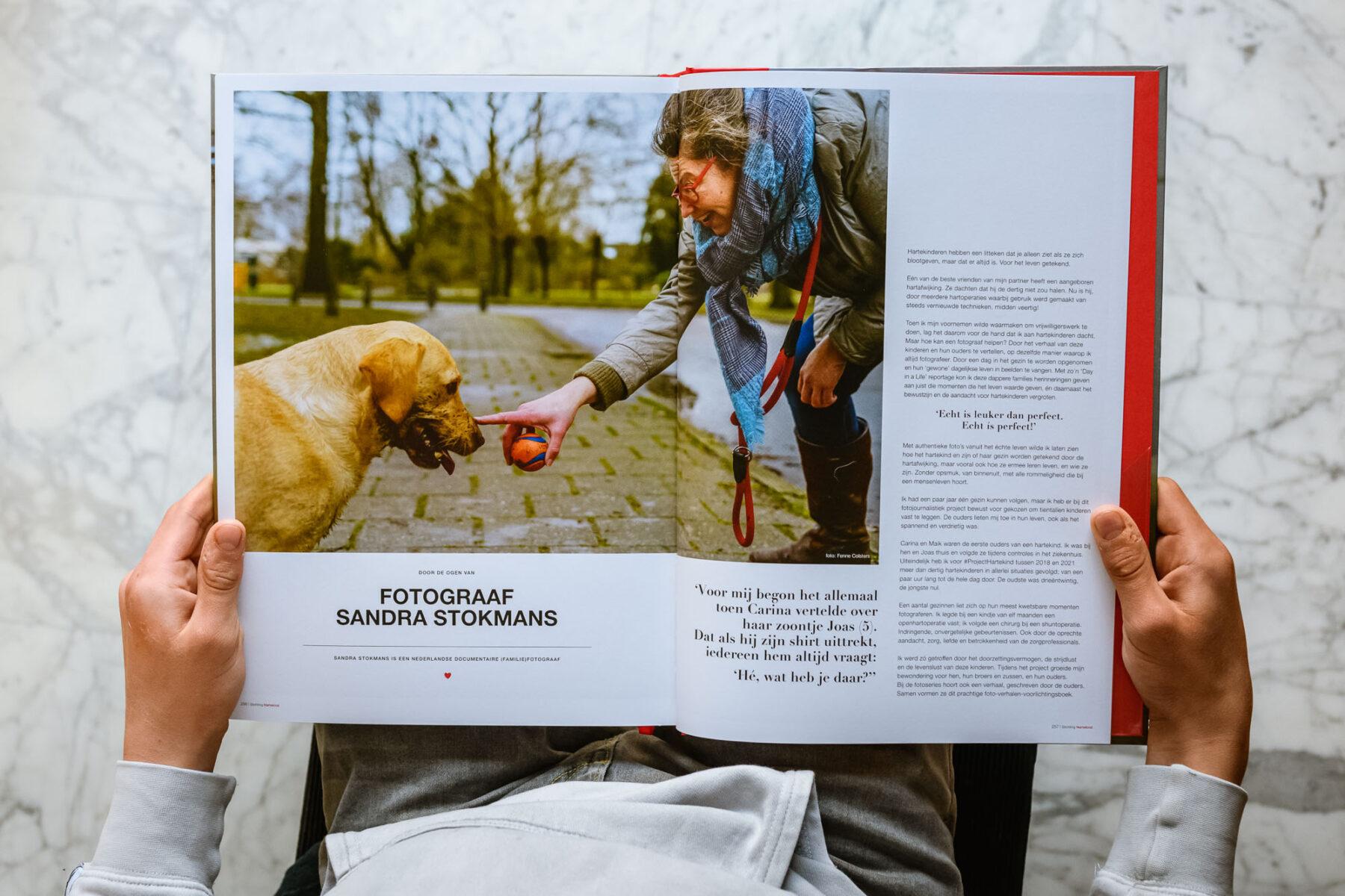 Boek-publicatie-pagina-documentaire-fotograaf-Sandra-Stokmans-documentaire-fotografie-project-voor-Stichting-Hartekind_SSF1550